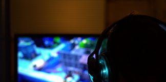 Cina e videogiochi: ridotto tempo online per giocatori minorenni